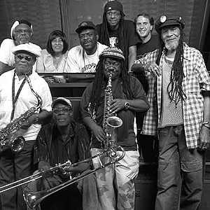 Alte Männer  machen Musik